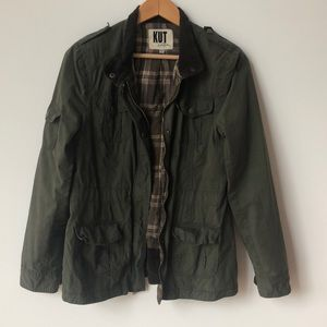 Army green jacket with tons of pockets